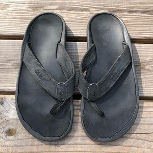 Olukai black thong flip flop sandals 12